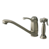 Single Lever Faucet w/ Side Spray in Polished Chrome Finish